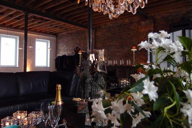 Bernard Depoorter Couture Salon de Couture Wavre Belgique  #bernarddepoorter @bernarddepoorter info@bernarddepoorter.com