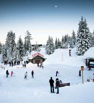 Visit Grouse Mountain - The Peak of Vancouver and enjoy this outdoor skating rink!   Photo via Grouse Mountain