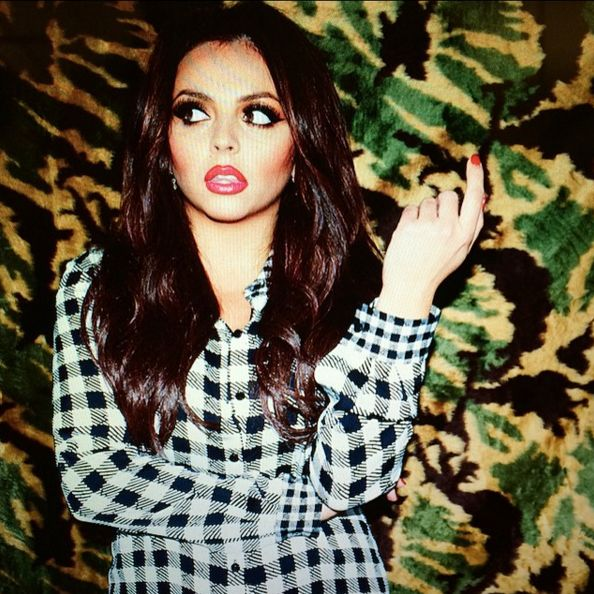 This Jesy's photoshoot is wonderful and gorgeous! !!She is sooo good and always thinks about the others♥♥♥♥♥♥♥♥♥♥♥♥O:-)O:-)O:-)O:-)O:-)O:-)O:-)O:-)