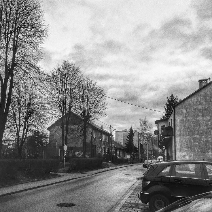 #Bochnia #town #house #trees #nature #architecture #natura #tree #houses #buildings #Poland #Polska #malopolska #day #igerspoland #winter #zima #instagrampl #road #clouds #sky #bnw #blackandwhite #snapseed #noir #hdr #cars #xiaomi #daily #dailyphotos