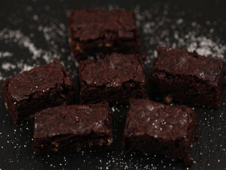 Brownie+cu+cacao+si+nuca