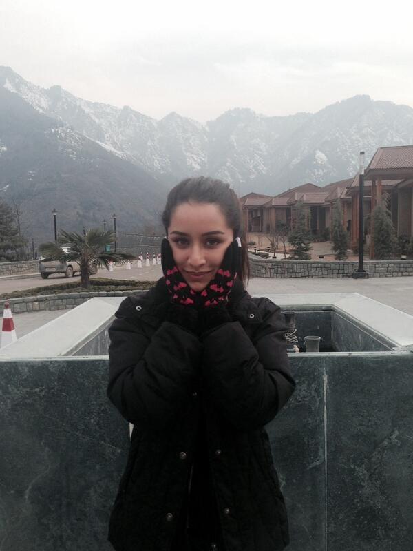 Shraddha Kapoor in Kashmir #Haider #click2
