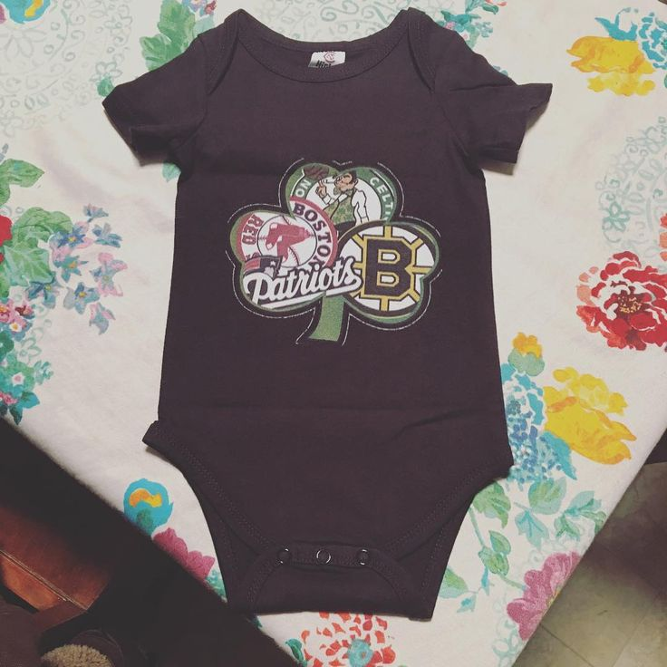 "21 Likes, 4 Comments - sara jane [moore] wheatley (@theonlysarajane) on Instagram: ""We gotta New England baby on the way. William's gunna rock this so hard. Thanks @judymooretetlow !!…"""