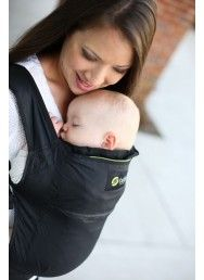 This is the ultra lightweight member of the Boba family of baby carriers. Great for travel, keeping in the car, and stowing in your purse (yes, it's that compact-able!). #babywearing #BobaAir