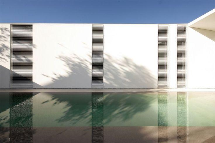 Galeria de Jesolo Lido Pool Villa / JM Architecture - 14