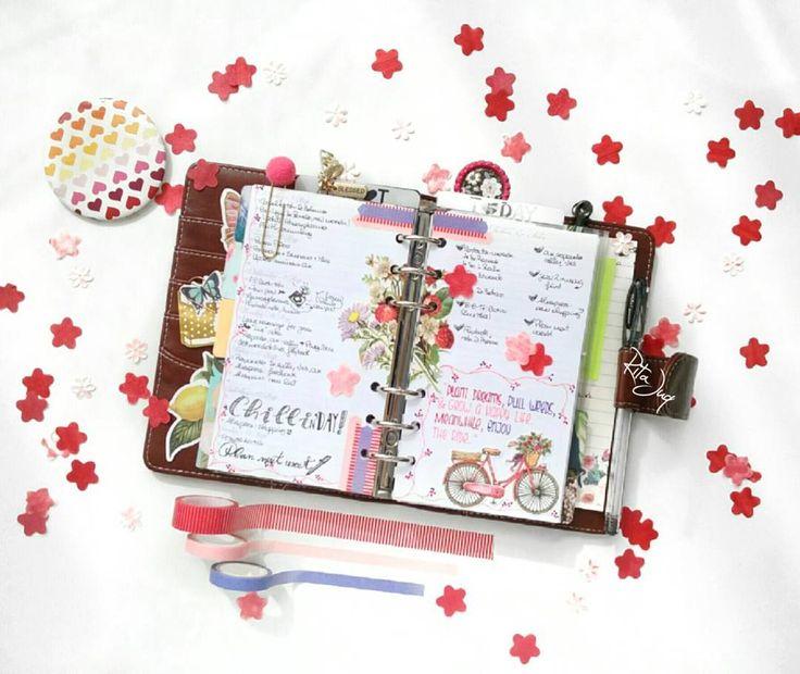"Rita Juq (@ritajuq) Instagram: ""#planningwithjuq 💜❤💟 *Week of Aug 7th 2nd spread on my planner & I AM lovin' it ^o^ Have a…"""