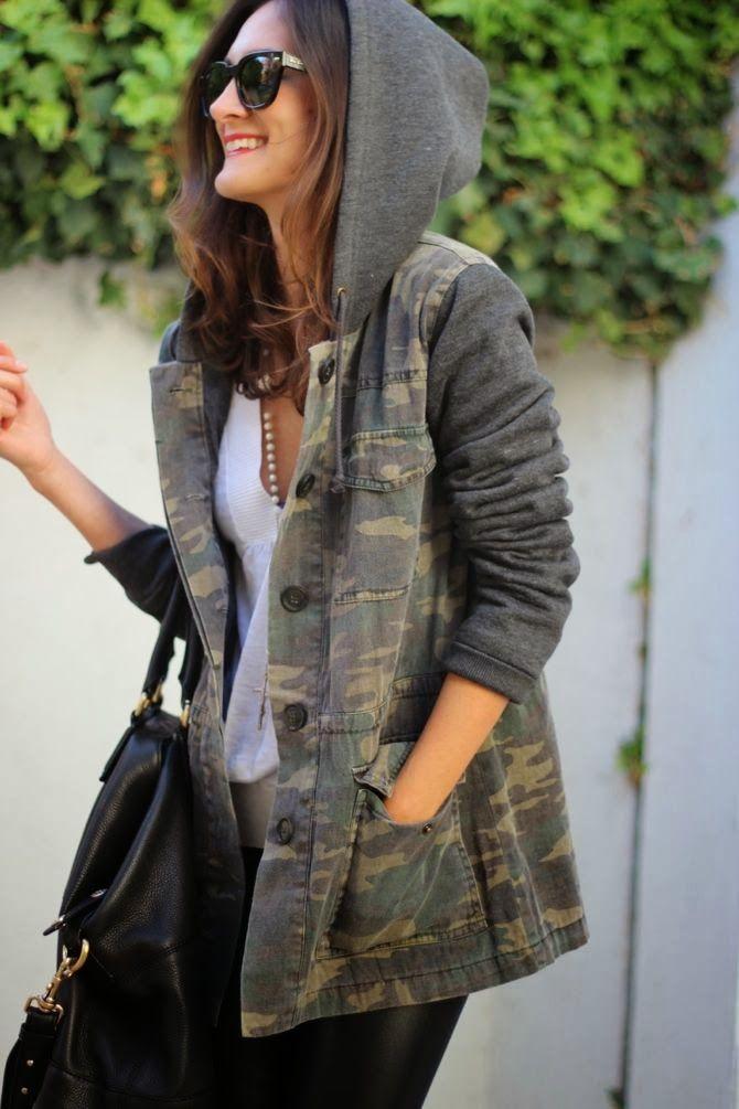 urbanNATURES City Style: Camo Hooded Jacket & White Tee