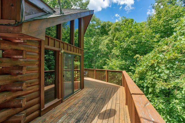 Angel S Place Deluxe 2 Bedroom Pigeon Forge Cabin Rental Pigeon Forge Cabin Rentals Pigeon Forge Cabins Secluded Cabin