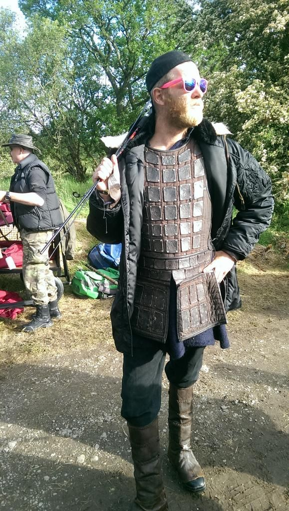 RIP @HistoryVikings' Torstein (the fantastic Jefferson Hall) who knew how to glam up long filming days on the boats.