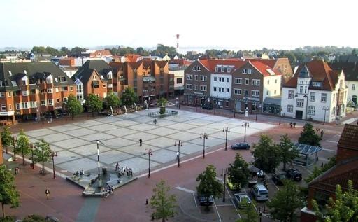 Kram- und Trödelmarkt in Nordenham Marktplatz