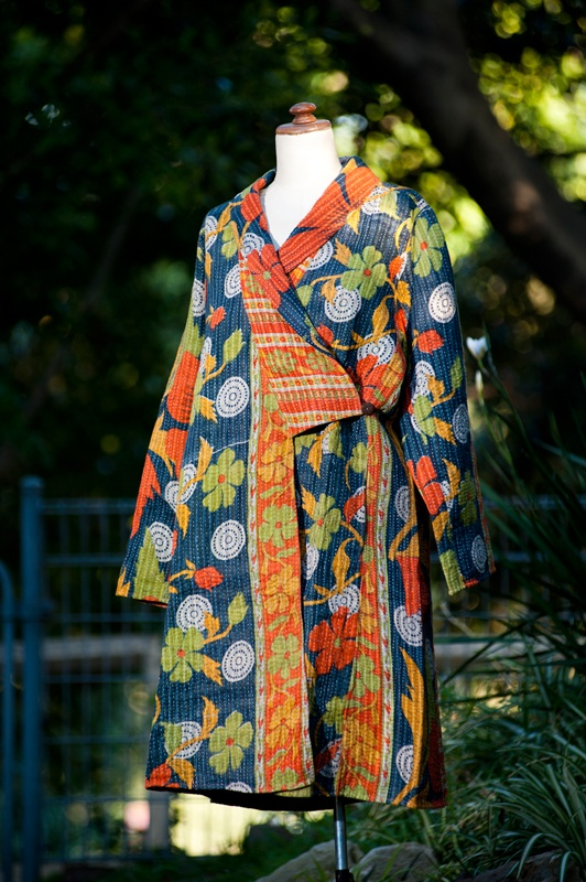 17 Best images about kantha quilt coats on Pinterest Quilted jacket, Vest pattern and Kantha ...