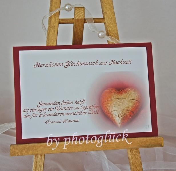 +Herzlichen Glückwunsch zur Hochzeit+    Jemanden lieben heißt  als einziger ein Wunder zu begreifen,  das für alle anderen unsichtbar bleibt von +...