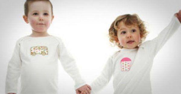Τι πρέπει να προσέχουμε όταν αγοράζουμε ρούχα για παιδιά