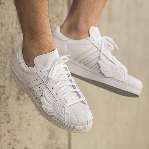 http://worldbox.pl/buty-adidas-x-jeremy-scott-superstar-wings-b26282.html