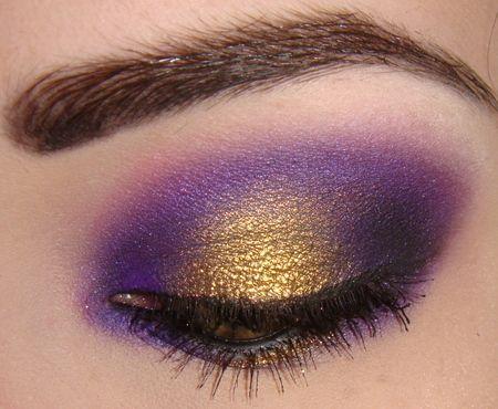 Qué buena combinación, dorado y púrpura !!!