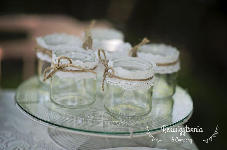 Szklanki do napojów - podwieczorek w stylu vintage w upalne letnie popołudnie. #rekwizytorniaandcompany #wesele #urodziny #dekoracje #vintagewedding #trójmiasto