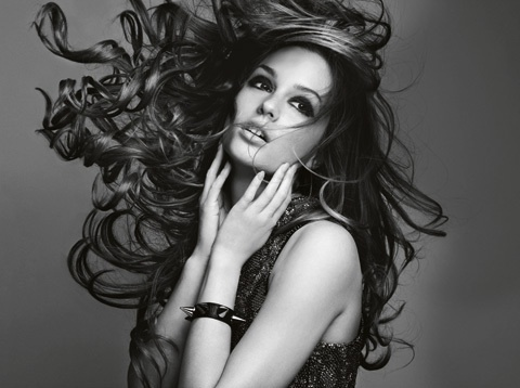 blow wind blow.Marie Claire, Beautiful Editorial, Blair Waldorf, Leightonmeester, Mary Claire, Beautiful People, Leighton Meester, Hair, Gossip Girls