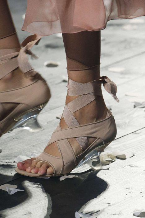 eb96eb4558 Christian Dior, Primavera/Estate 2019, Parigi, Womenswear | Paris ...