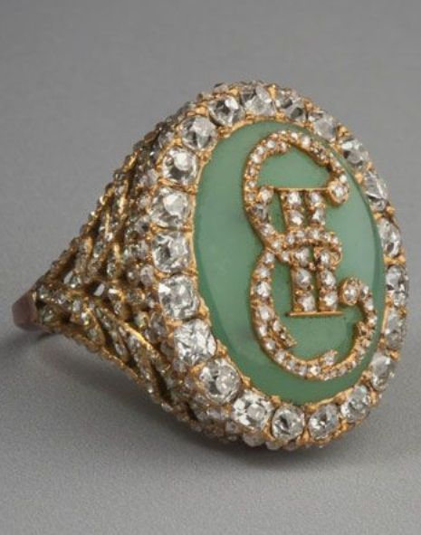 An antique ring with monogram of Catherine the Great, France, unidentified master, late 18th century © State Hermitage Museum, St Petersburg. #antique #ring #CatherintTheGreat