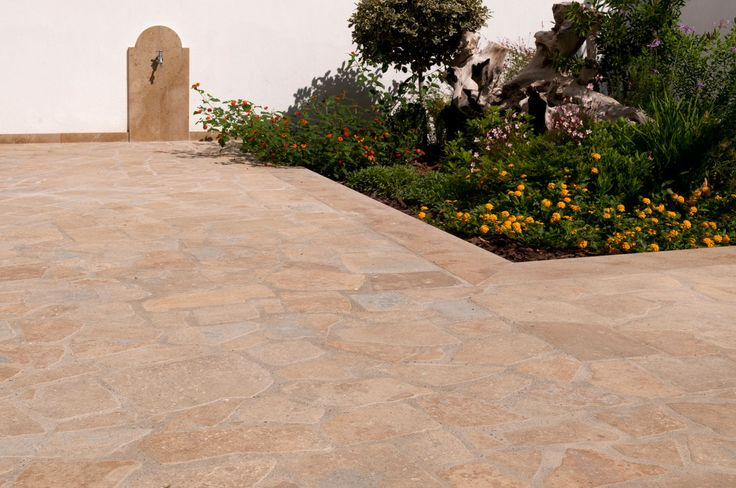 Kallimarmaron Bolari | Marble Quarrying & Manufacturing | Antique Finish Palladiana