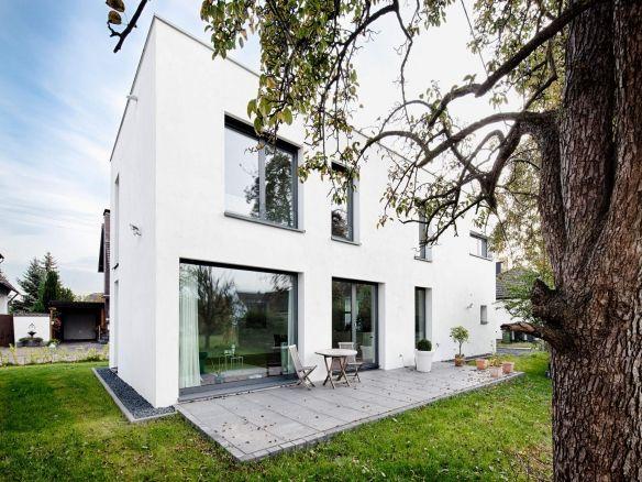 Moderne häuser neubau  43 besten Haus und Fassade Bilder auf Pinterest | Wohnhaus ...