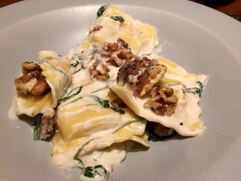 Pasta med Chevré, valnötter och salvia | Jävligt gott - en blogg om vegetarisk mat och vegetariska recept för alla, lagad enkelt och jävligt gott.