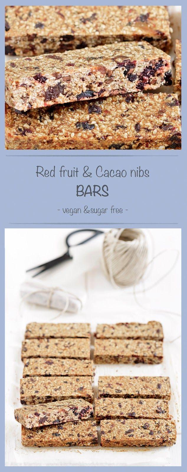 Dates, red fruit & cacao nibs bars | #vegan #sugarfree | Come riciclare i datteri: barrette con frutti rossi e fave di cacao | Vegan e senza zucchero