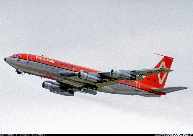 Avianca Colombia Boeing 720-059B