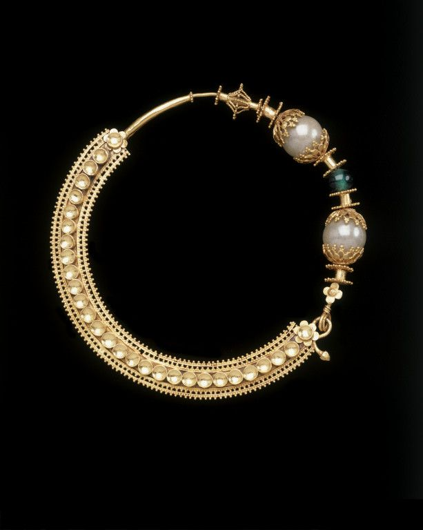 Pakistan ~ Gujranwala | Nose Ring ~ nath | Gold with imitation gems | ca. 1853.