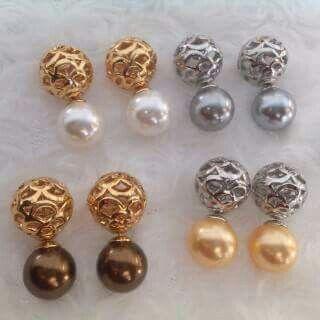 Giwang mutiara lombok Pesan Add Bbm : D6AB777F Sms/ tlp. : As 082337322501/ IM3 085785304765/ XL 085954311294 Wa. : Tri 08990127841 NB: Bila anda ragu jangan membeli dulu. Cek dulu resi dan testnominalnya  #mutiara#mutiaralombok#mutiaralaut#mutiaratawar#fashion#perhiasan#rhodium#elegant#allstyle#wisata#senggigi#oleholehlombok#emas#kadoistimewa#wedding#set#alam#natural#pearl#gold#silver#sekarbela#