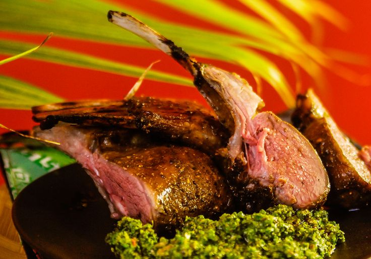 This spice blend combines influences from chinese, indian and persian cooking traditions. Ingredients 2 racks of lamb Marinade 1 tbsp Silk Road Spices, ground 2 garlic cloves, finely chopped 3 tbsp pomegranate molasses 2 tsp salt 2 tbsp olive oil Pistachio and mint pesto 1 Tbsp green peppercorns 2 garlic cloves 1 tsp salt ¼ …