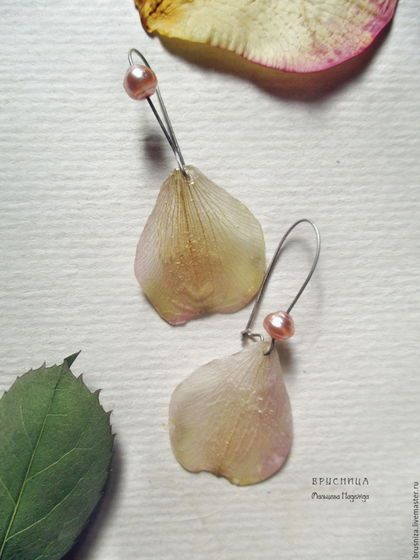 Серьги ручной работы. Ярмарка Мастеров - ручная работа. Купить Серьги из лепестков Орхидеи Дендробиум. Handmade. Бежевый, серьги лепестки