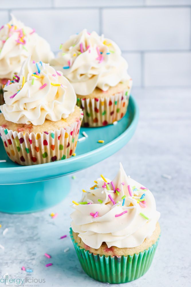 These Vegan Funfetti Cupcakes Are Perfect For Any Celebration Simple To Make No Boxed Mixes Required A In 2020 Funfetti Cupcake Recipe Vegan Cupcakes Yummy Cupcakes
