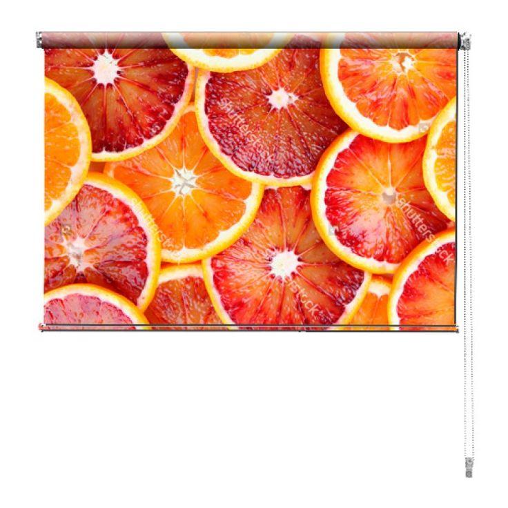 Rolgordijn Bloedsinaasappels | De rolgordijnen van YouPri zijn iets heel bijzonders! Maak keuze uit een verduisterend of een lichtdoorlatend rolgordijn. Inclusief ophangmechanisme voor wand of plafond! #rolgordijn #gordijn #lichtdoorlatend #verduisterend #goedkoop #voordelig #polyester #bloedsinaasappels #fruit #vruchten #rood #oranje #gezond #eten #voedsel #keuken