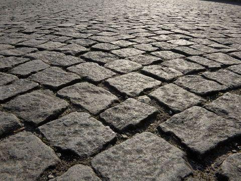 antique cobblestone northern granite cobblestone driveway pavers early urban cobblestone old world bricks