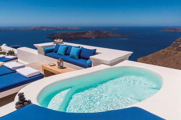 Romantic Honeymoon Destination: Santorini, Greece