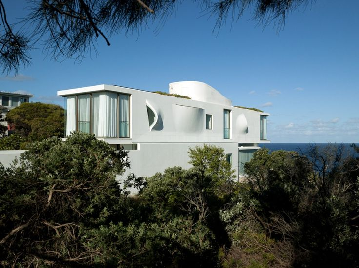 Seacliff House / Chris Elliott Architects. Obsessed with the windows