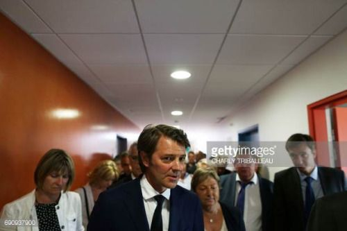 05-31 Francois Baroin ©, French right-wing Les…... #lescontaminesmontjoie: 05-31 Francois Baroin ©, French… #lescontaminesmontjoie