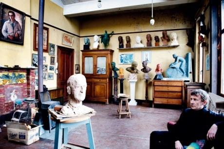 Het atelier van Louis Van Cutsem, de belangrijkste sportbeeld-houwer van de twintigste eeuw, was nog een keer in zijn oorspronkelijke staat te bezichtigen. Voor de laatste keer. In januari gaan alle beelden er onherroepelijk uit.