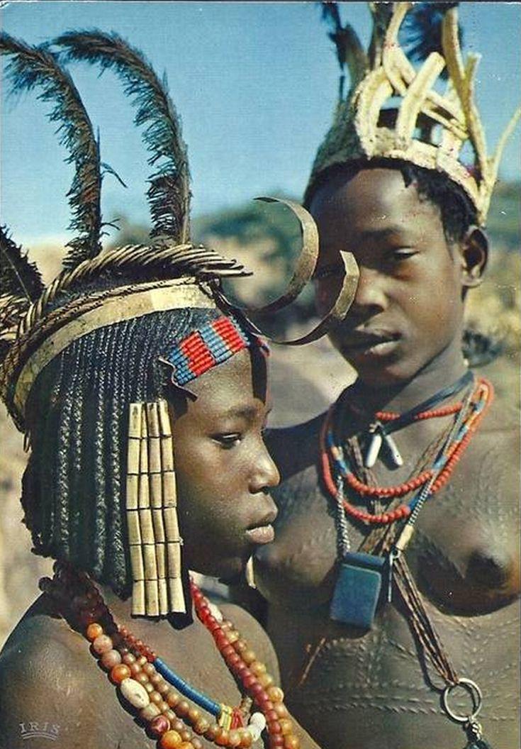 1000 images about africa adorned ivory coast liberia sierra leone on pinterest. Black Bedroom Furniture Sets. Home Design Ideas