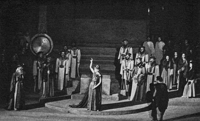 Callas as Norma in Epidaurus, Greece, Aug 1960