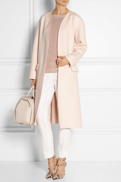 Pastel-pink cashmere Slips on 100% cashmere; trim: 100% viscose Dry clean