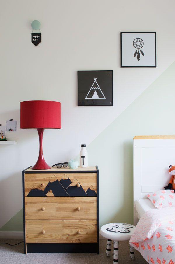 Bright renter friendly kids room decor ideas