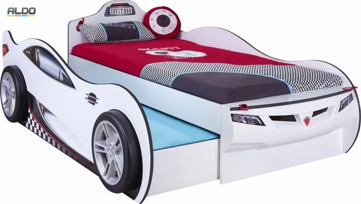 Dětská postel ve tvaru auta s přistýlkou