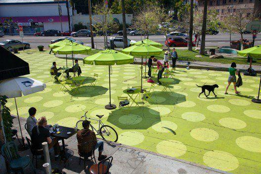 As estratégias dos EUA e da América Latina para criar espaços públicos livres de automóveis
