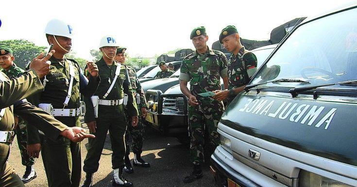 Ngawi Satu Persatu Kendaraan Dinas Tanpa Terkecuali Kendaraan Tempur Hingga Kendaraan Pribadi Milik Prajurit Yonarmed 12 Kostrad Di Ra Militer Kendaraan Bulu