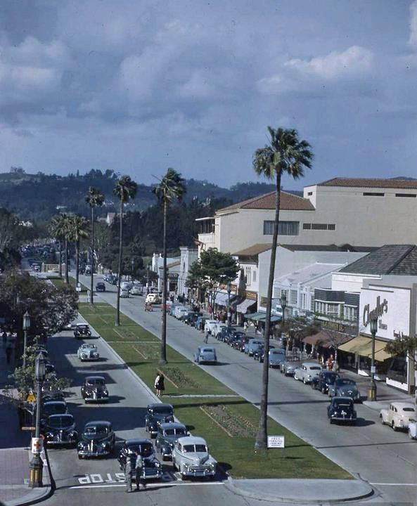 Westwood Village, Los Angeles, California. 1940s - I lived 2 blocks from here in the 70s and 80s