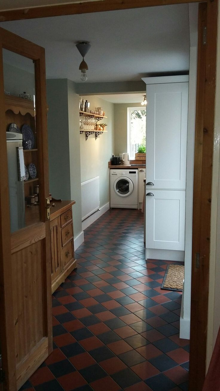 victorian kitchen floor red and black quarry  victorian