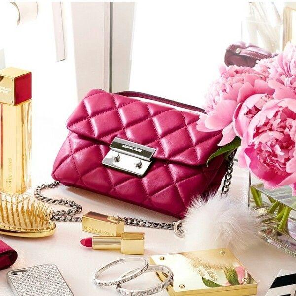 michael kors clothes outlet online dxtb  Michael Kors Handbags Outlet