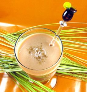 Top 10 Thanksgiving cocktail recipes – Mix That Drink  The main rule of thumb for selecting Thanksgiving cocktails should be: does it make you want to curl up by a fire and sip? Then it's a potential Thanksgiving cocktail. If you want to get even more of a Thanksgiving or autumn feel, think about fall harvest and all the traditional foods of Thanksgiving. Look to flavors like apple, pumpkin, cranberry, ginger and other spices. Consider warm drinks with or... #amaretto #bailey's #brandy